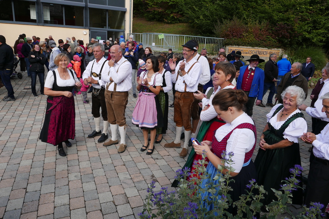 20181003 Streuobstwiesenaktion in Runding Teil 3